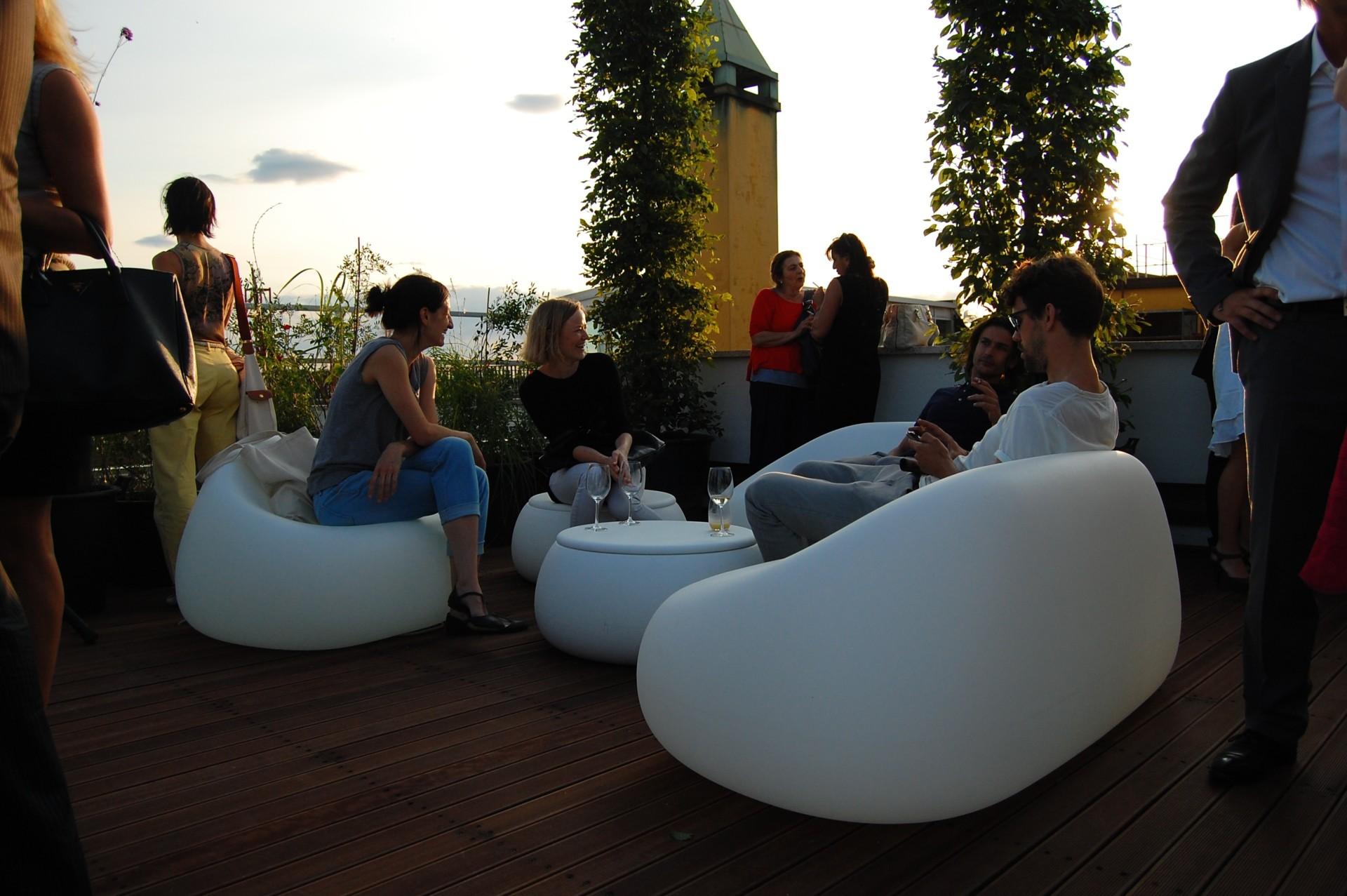 Plust collection en interior by interni plust for Arredo bar lecce